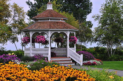 Mission Point Resort Gazebo On Mackinac Island Poster