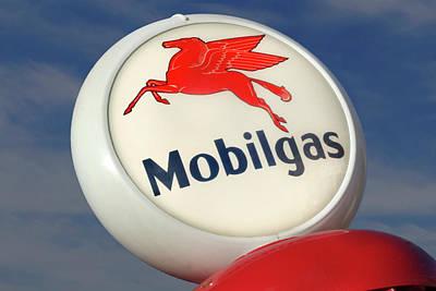 Mobilgas Globe Poster