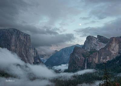 Moon Rise Yosemite Poster