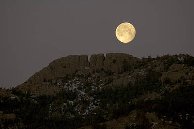 Moonset Over Horsetooth Poster by Rich Ernst