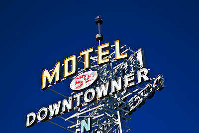 Motel Downtowner Poster