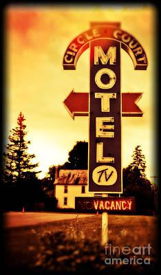Motel Hell Poster by Edward Fielding