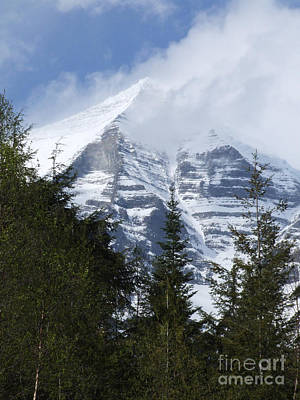 Poster featuring the photograph Mount Robson - Spindrift by Phil Banks