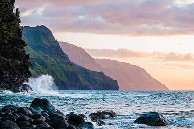 Na Pali Spray Poster by Adam Pender