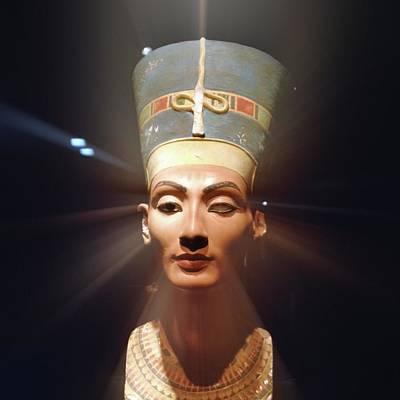 Nefertiti Poster by Detlev Van Ravenswaay