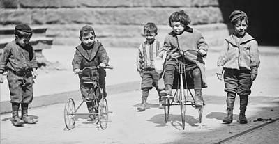 New York Street Kids - 1909 Poster