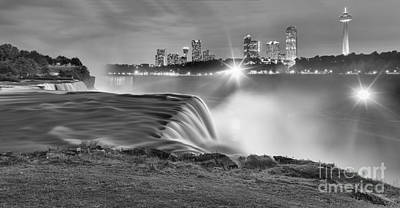 Niagara Falls Black And White Starbursts Poster