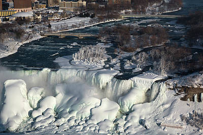 Niagara Falls In Winter Poster