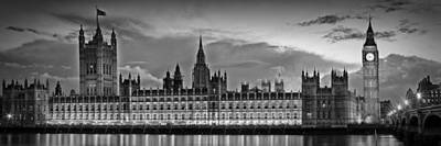 Nightly View London Houses Of Parliament Bw Poster