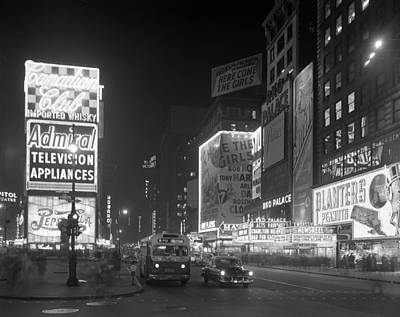 Nyc, Times Square, 1953 Poster by Science Source