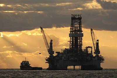 Offshore Rig At Dawn Poster