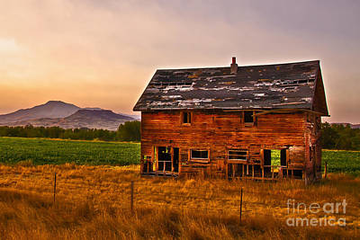Old Barn At Sunrise Poster by Robert Bales