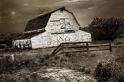 Old Barn In Bethel Poster
