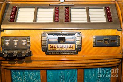 Old Vintage Seeburg Jukebox Dsc2803 Poster