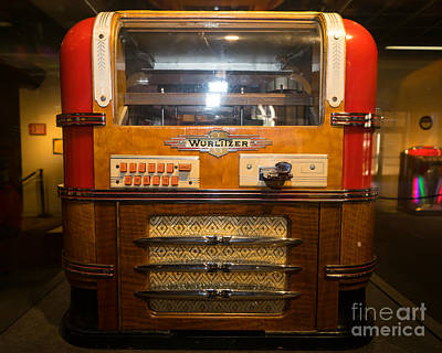 Old Vintage Wurlitzer Jukebox Dsc2816 Poster by Wingsdomain Art and Photography