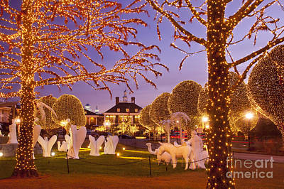 Opryland Hotel Christmas Poster by Brian Jannsen