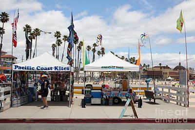 Pacific Coast Kites And Paradise Dogs On The Municipal Wharf At The Santa Cruz Beach Boardwalk Calif Poster
