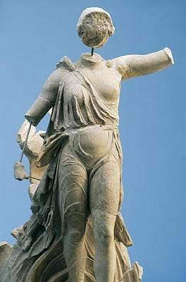 Paeonius 5th Century  Bc. Nike. 421 Bc Poster