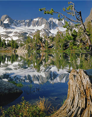 2m6443-v-palisade Peaks And Summit Lake V Poster