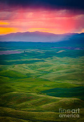 Palouse Storm At Dawn Poster by Inge Johnsson