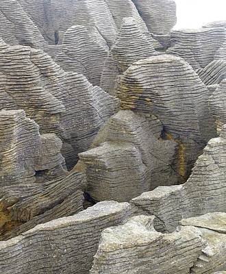 Pancake Rocks Poster by Linda Wright