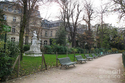 Paris Parc Monceau Gardens - Romantic Paris Park And Garden Sculpture Art  Poster