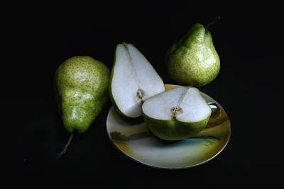 Pears On Noritake - Still Life Poster