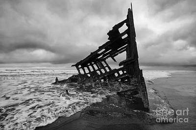 Peter Iredale Shipwreck Oregon 1 Poster