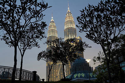 Petronas Towers And Al-asyikin Mosque Poster