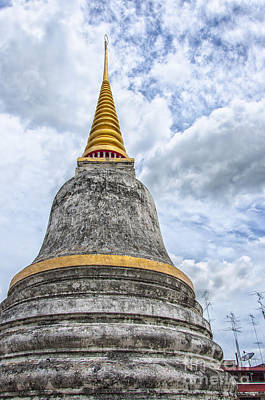 Phetchaburi Temple 09 Poster by Antony McAulay
