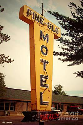Pine Glo Motel Poster
