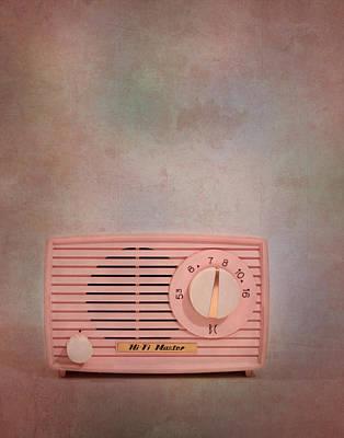 Pink Am Radio Poster by David and Carol Kelly