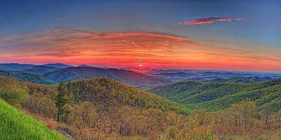 Pink Sunrise At Skyline Drive Poster