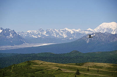 Piper Supercub On Floats Over Ak Range Poster