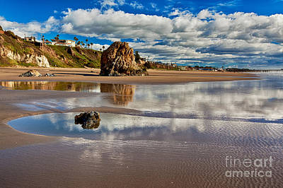 Pismo Beach At Low Tide Poster