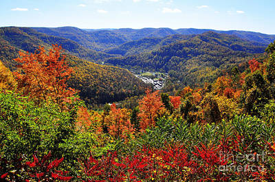 Point Mountain Overlook In Autumn Poster by Thomas R Fletcher