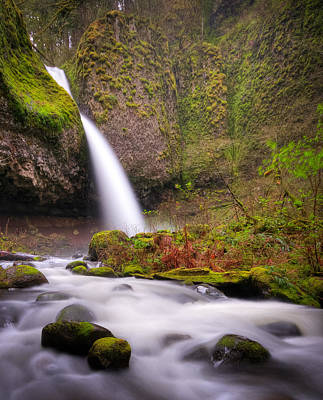 Poster featuring the photograph Ponytail Falls by Brian Bonham