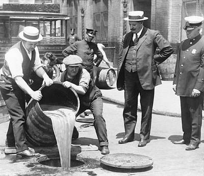 Prohibition Raid, 1920s New York Poster by Science Photo Library