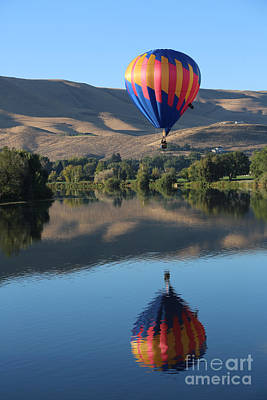 Prosser Balloon Reflection Poster by Carol Groenen