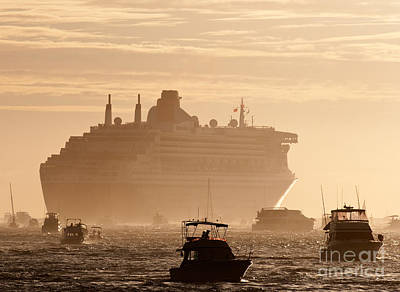 Queen Mary 2 Leaving Port 02 Poster by Rick Piper Photography