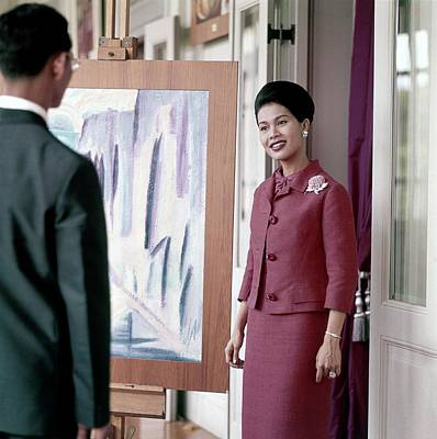 Queen Sirikit Of Thailand Looking At A Painting Poster