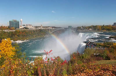 Rainbow At The American Falls Poster