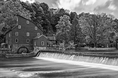 Red Mill At Clinton Bw Poster by Susan Candelario