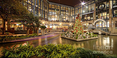 Rivercenter Christmas Tree At The Riverwalk - San Antonio Texas Poster by Silvio Ligutti