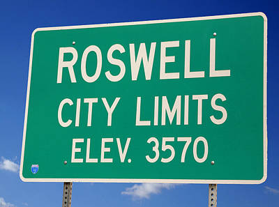 Poster featuring the photograph Roswell New Mexico by Bob Pardue