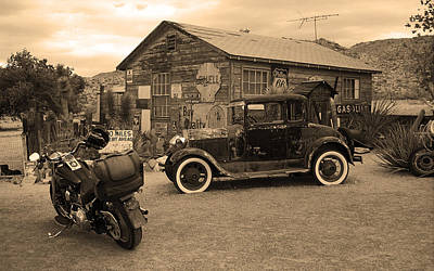 Route 66 Vintage Auto And Shed Poster by Frank Romeo