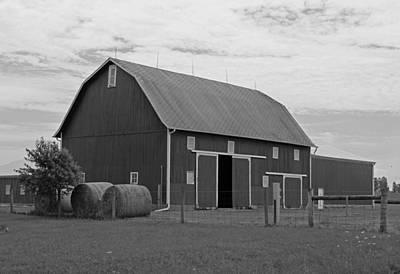 Rural Indiana Barn II - Black And White Poster