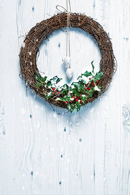 Rustic Holiday Garland Poster by Amanda Elwell