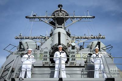 Sailors Man The Rails Aboard Uss John Poster by Stocktrek Images