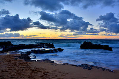 Sandy Beach Sunrise 6 - Oahu Hawaii Poster by Brian Harig